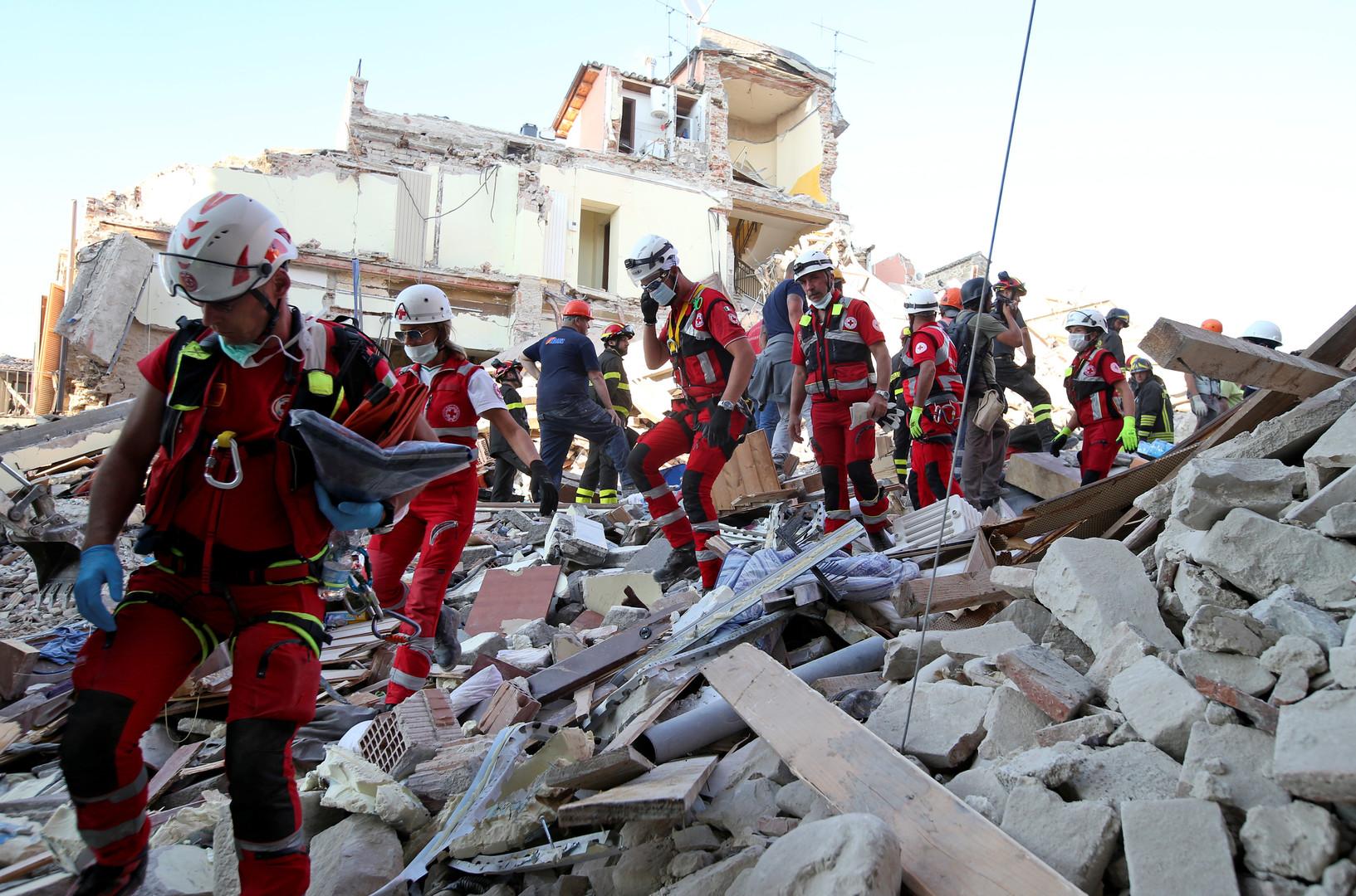 Центр разрушения: в Италии растёт число жертв землетрясения