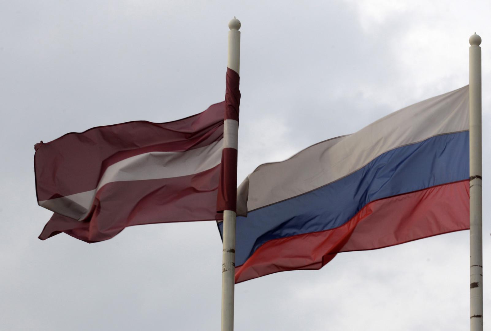 «Русофобский фон»: посол России в Латвии рассказал о настроениях в стране