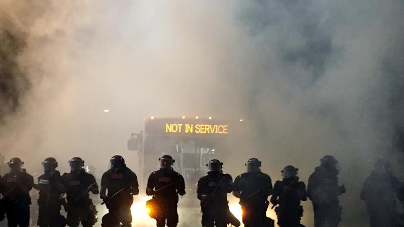 В Северной Каролине вспыхнули беспорядки после убийства афроамериканца полицией