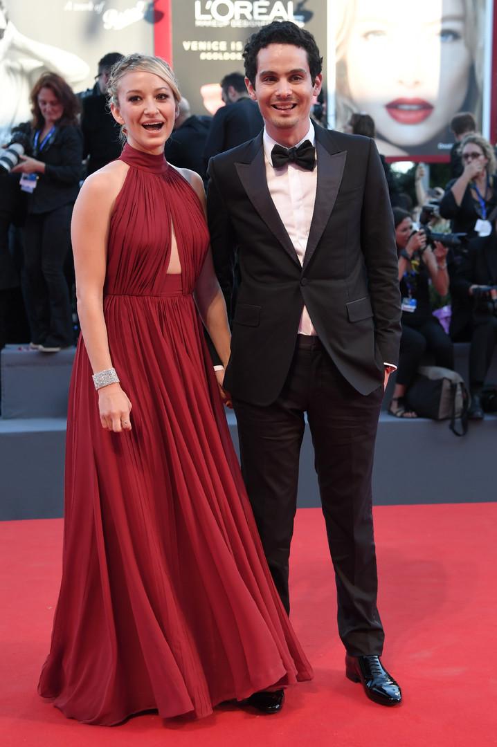 Американский режиссёр Дэмьен Шазелл с женой кинопродюссером Джасмин Мак-Глейд