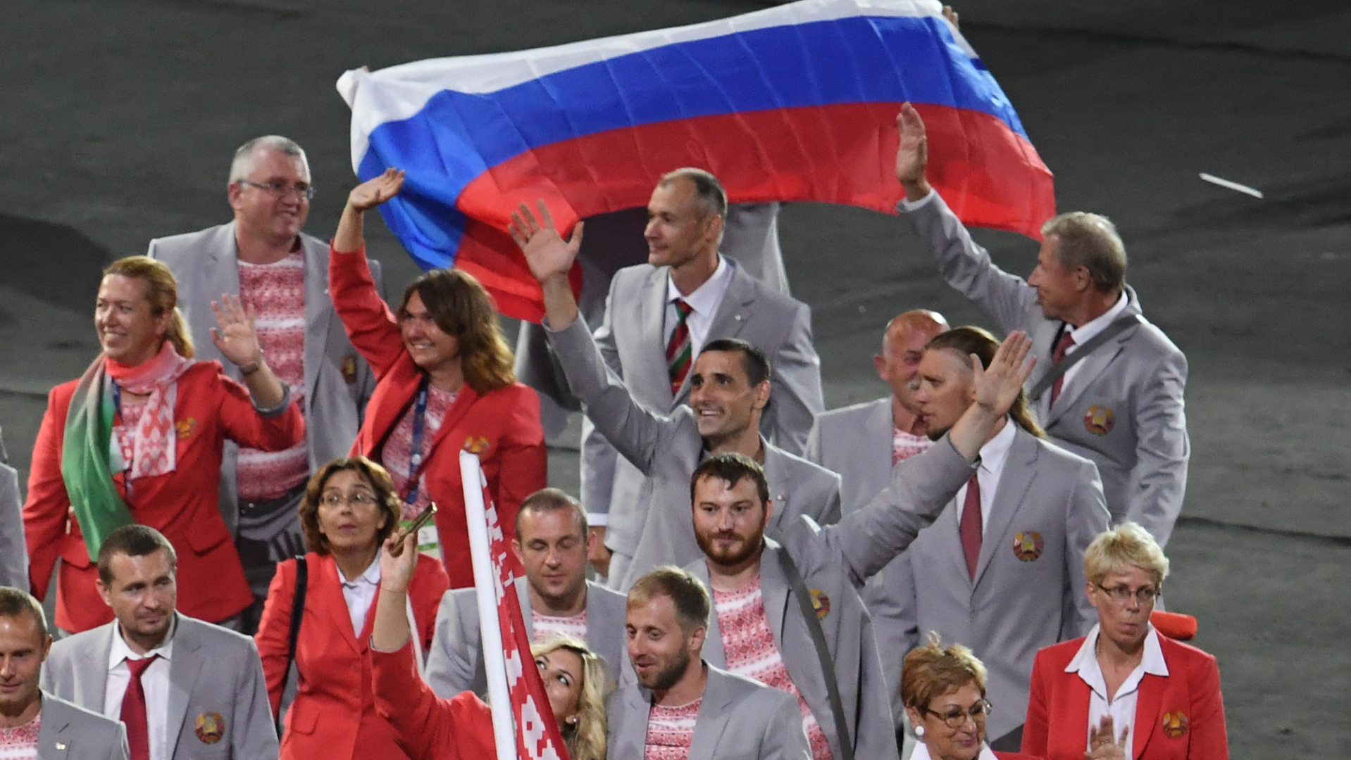 «Спасибо, Белоруссия»: реакция пользователей сети на российский флаг на Паралимпиаде