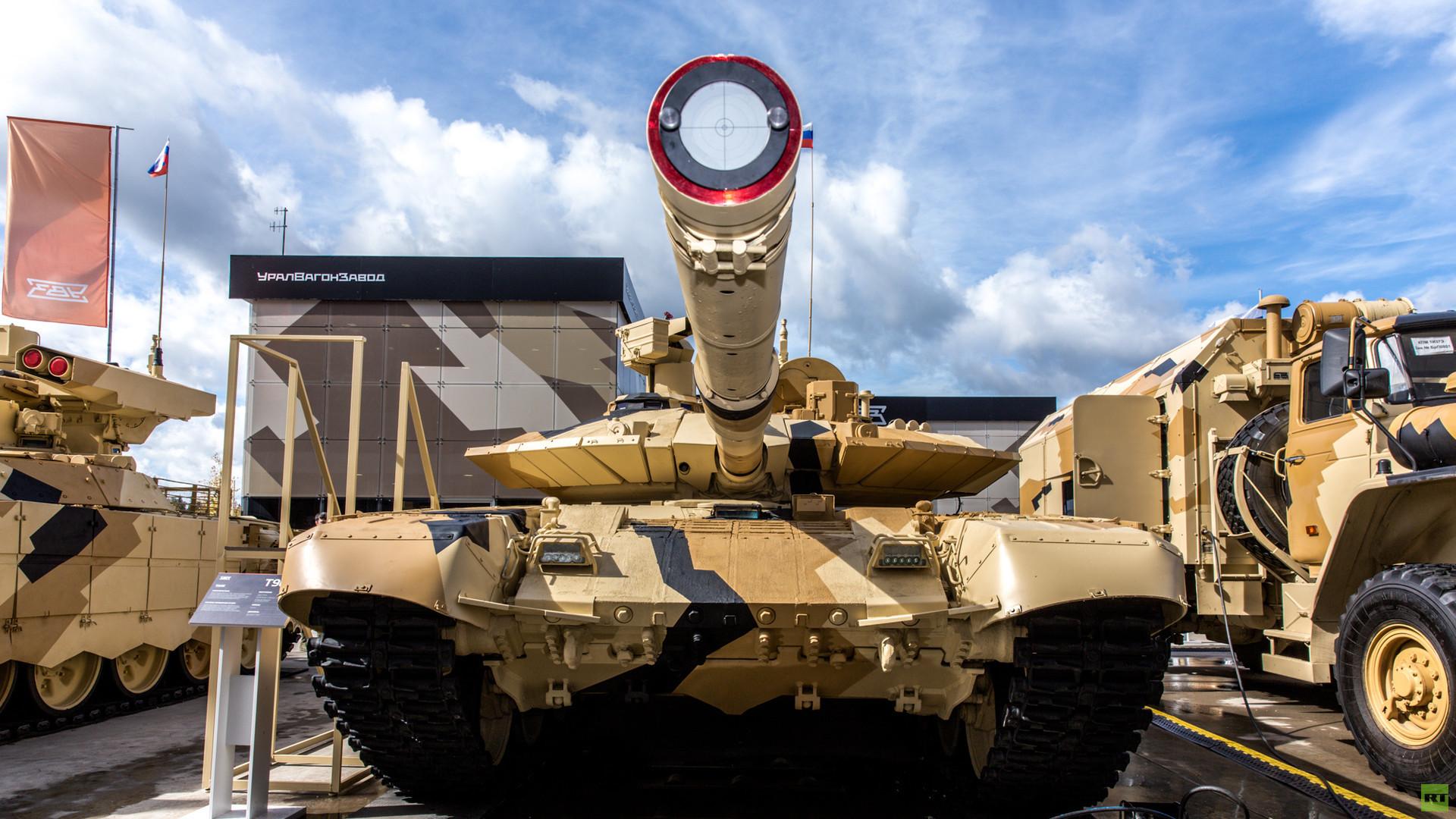 Rússia pode vender 49% das ações de sua maior fabricante de tanques Uralvagonzavod