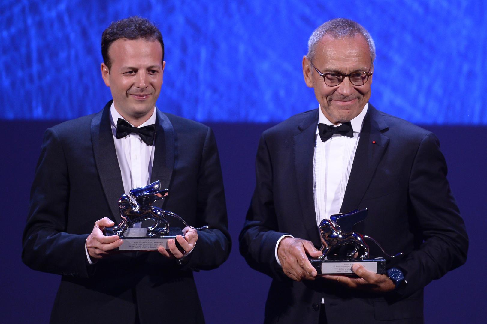 Режиссёры Амат Эскаланте и Андрей Кончаловский на церемонии награждения.
