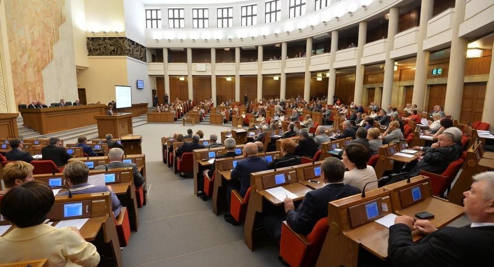20 лет спустя: почему оппозиция неожиданно оказалась в белорусском парламенте