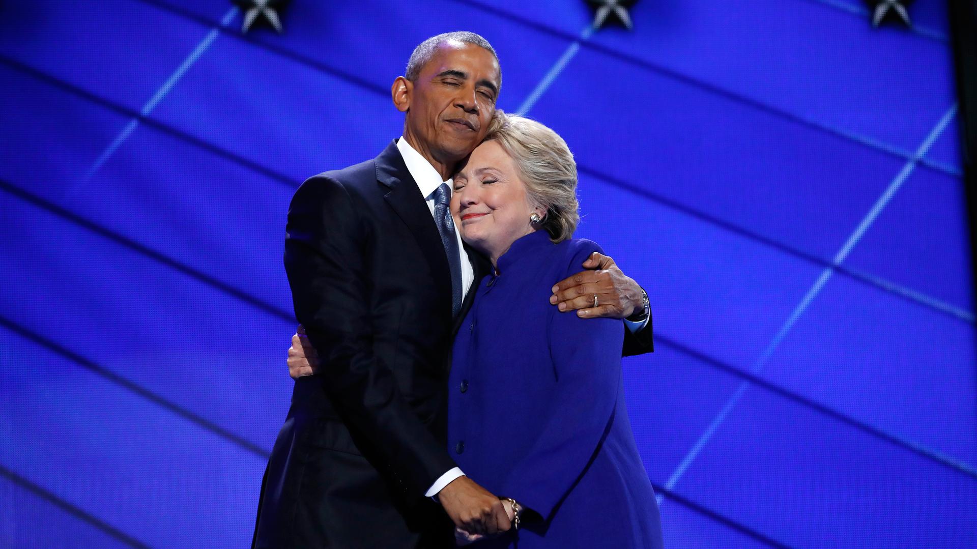 Спасти кандидата Хиллари: почему Обама нападает на Путина и Трампа