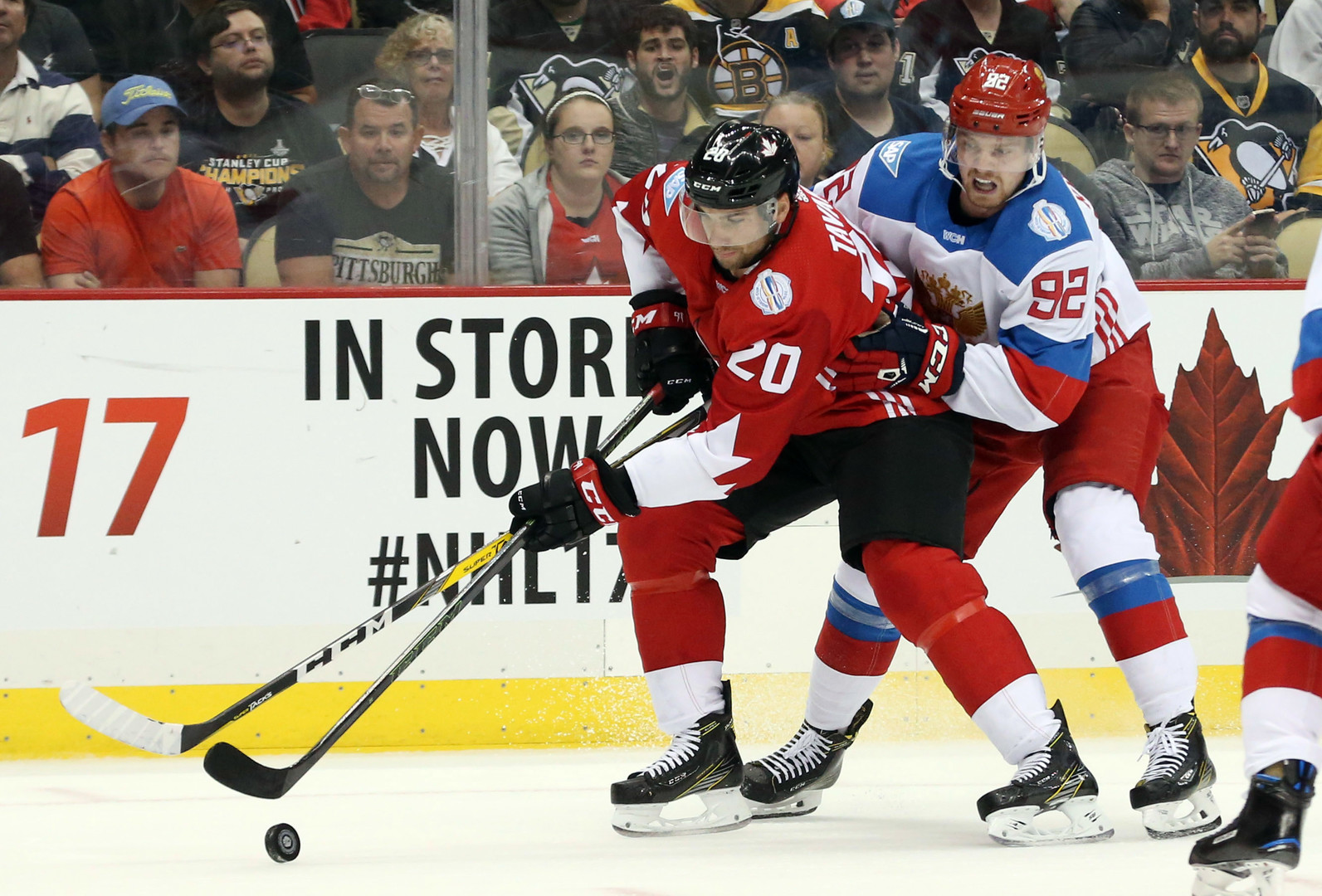 Российские хоккеисты уступили канадцам накануне Кубка мира