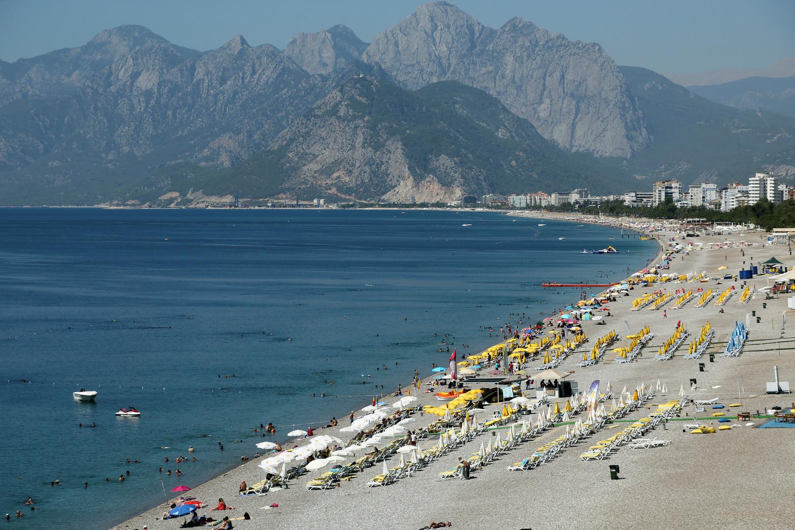«Приехала не для того, чтобы бояться»: кишечная инфекция в Турции — не помеха для россиян