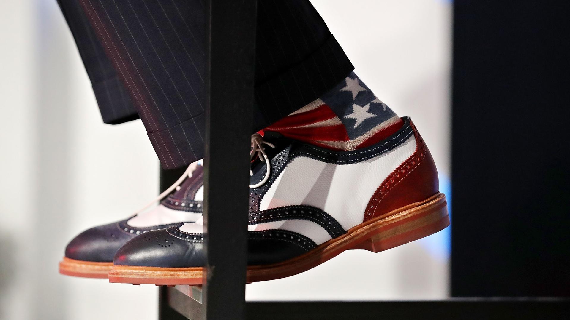 Живой уголок: носки, которые выбирают лидеры