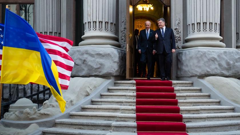 Привет, партнёр: почему Байден не в силах сохранить антироссийские санкции