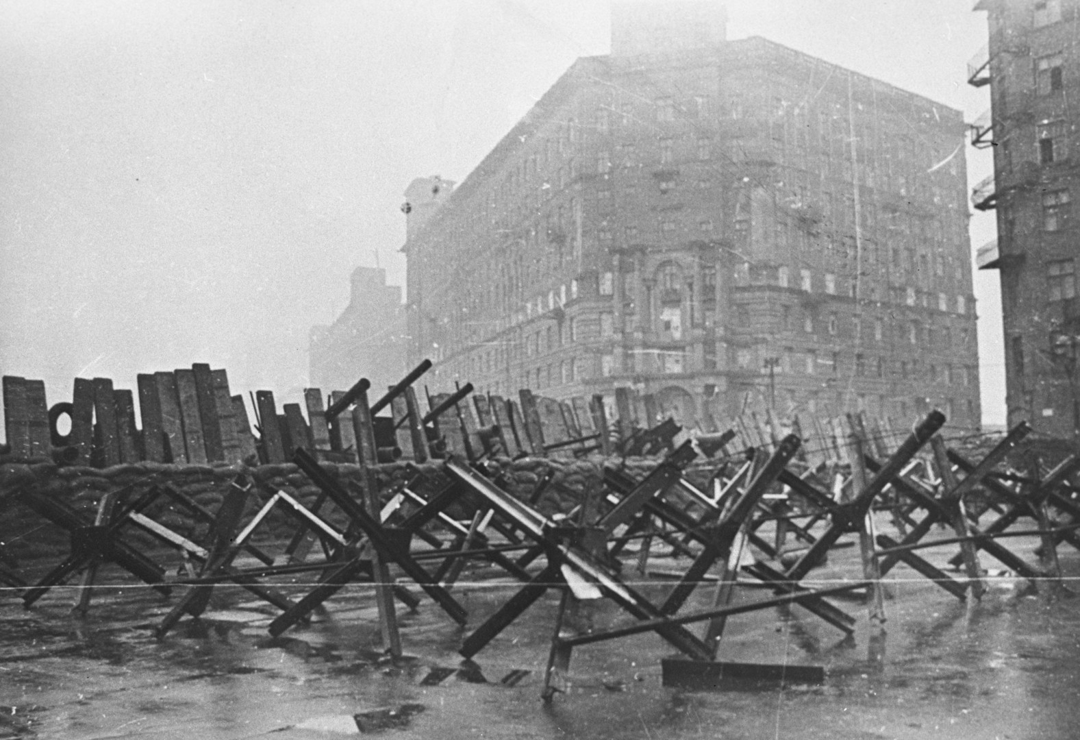 «Здесь ад. Русские не хотят уходить из Москвы»: 75 лет назад началась битва за столицу