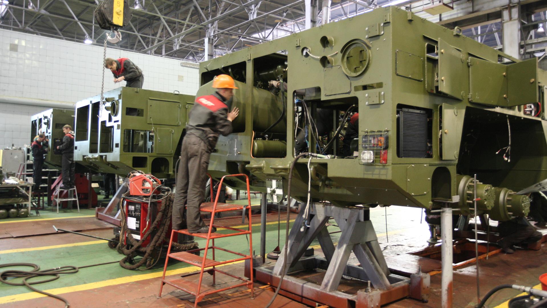 Рискованное предприятие: чтобы спасти промышленность, Минск хочет изменить пошлины в ЕАЭС