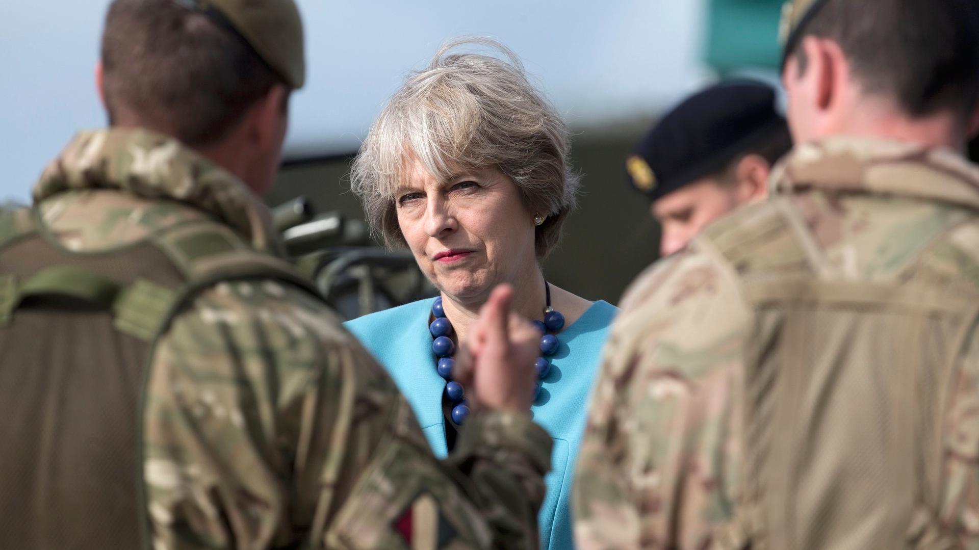 Британия намерена оградить своих военных от конвенции о защите прав человека