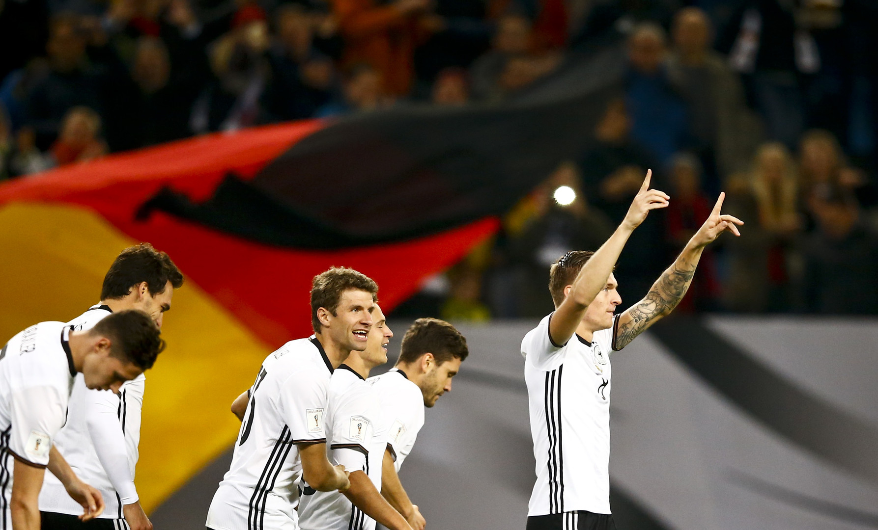 ЧМ-2018: хет-трик Германии и Левандовски, сюрпризы от Азербайджана и Литвы