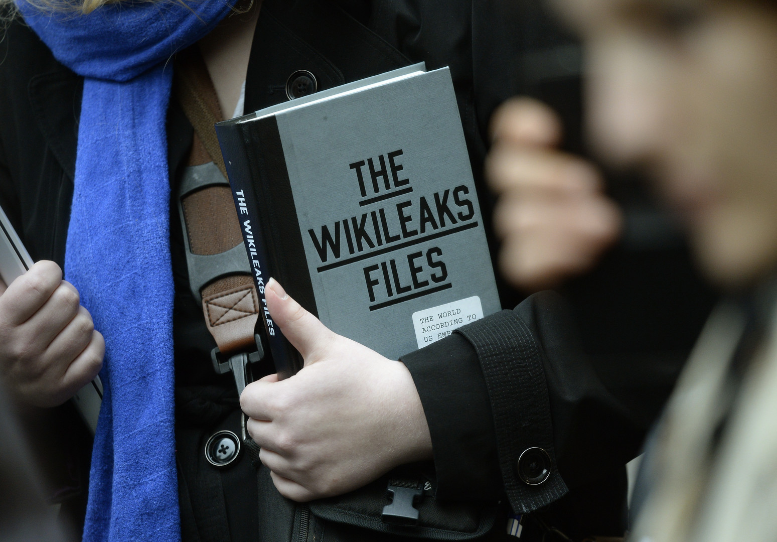 Быстрее — значит хуже: RT обвинили в публикации писем главы штаба Клинтон раньше WikiLeaks