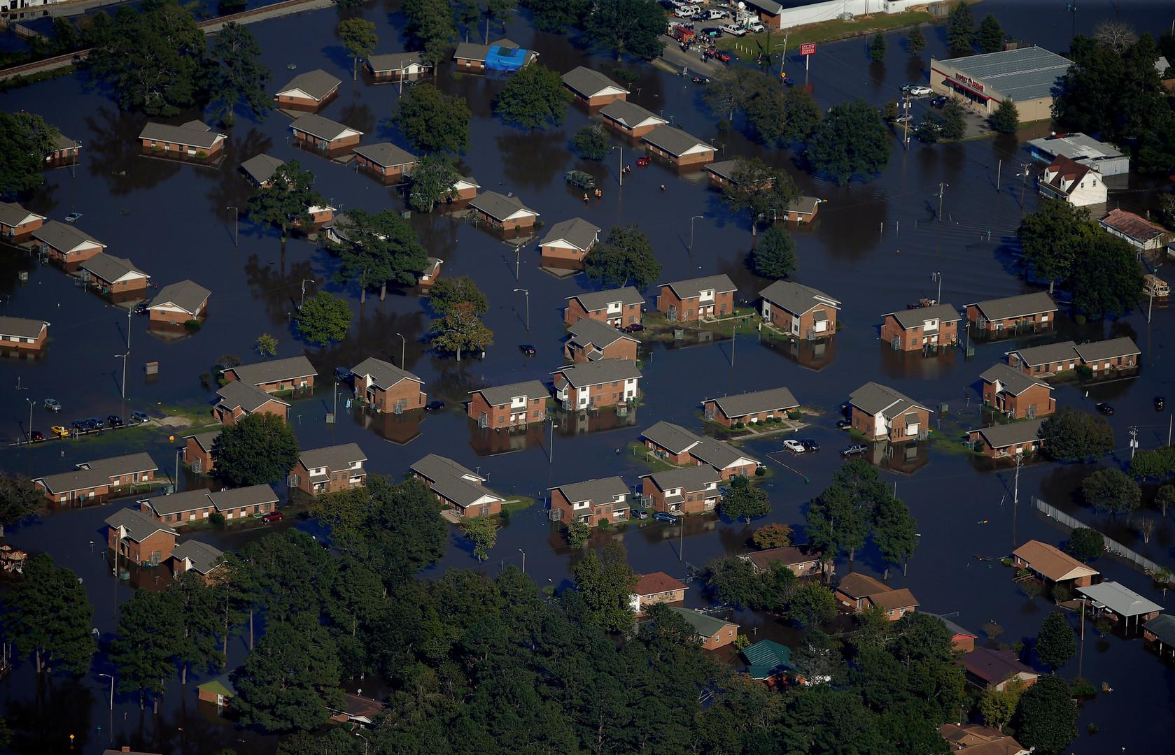 Город Ламбертон в американском штате Северная Каролина, затопленный после урагана «Мэтью».