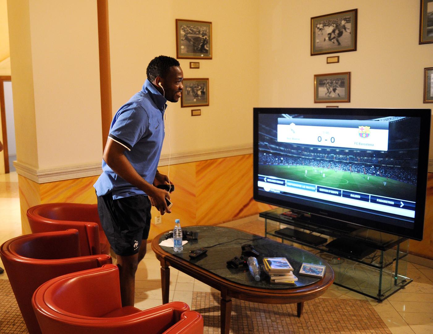 Реальная виртуальность: в компьютерную игру про футбол встроили симулятор брексита