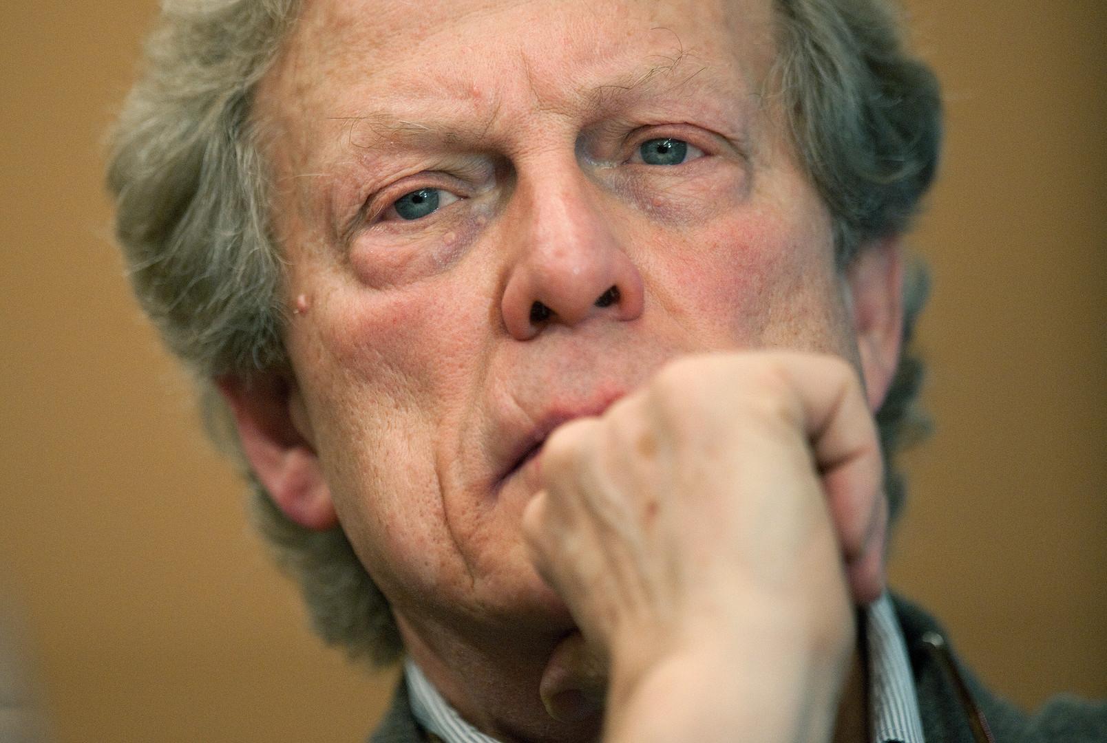 Наставник разоблачителя: ушёл из жизни директор WikiLeaks Гэвин Макфэйдьен