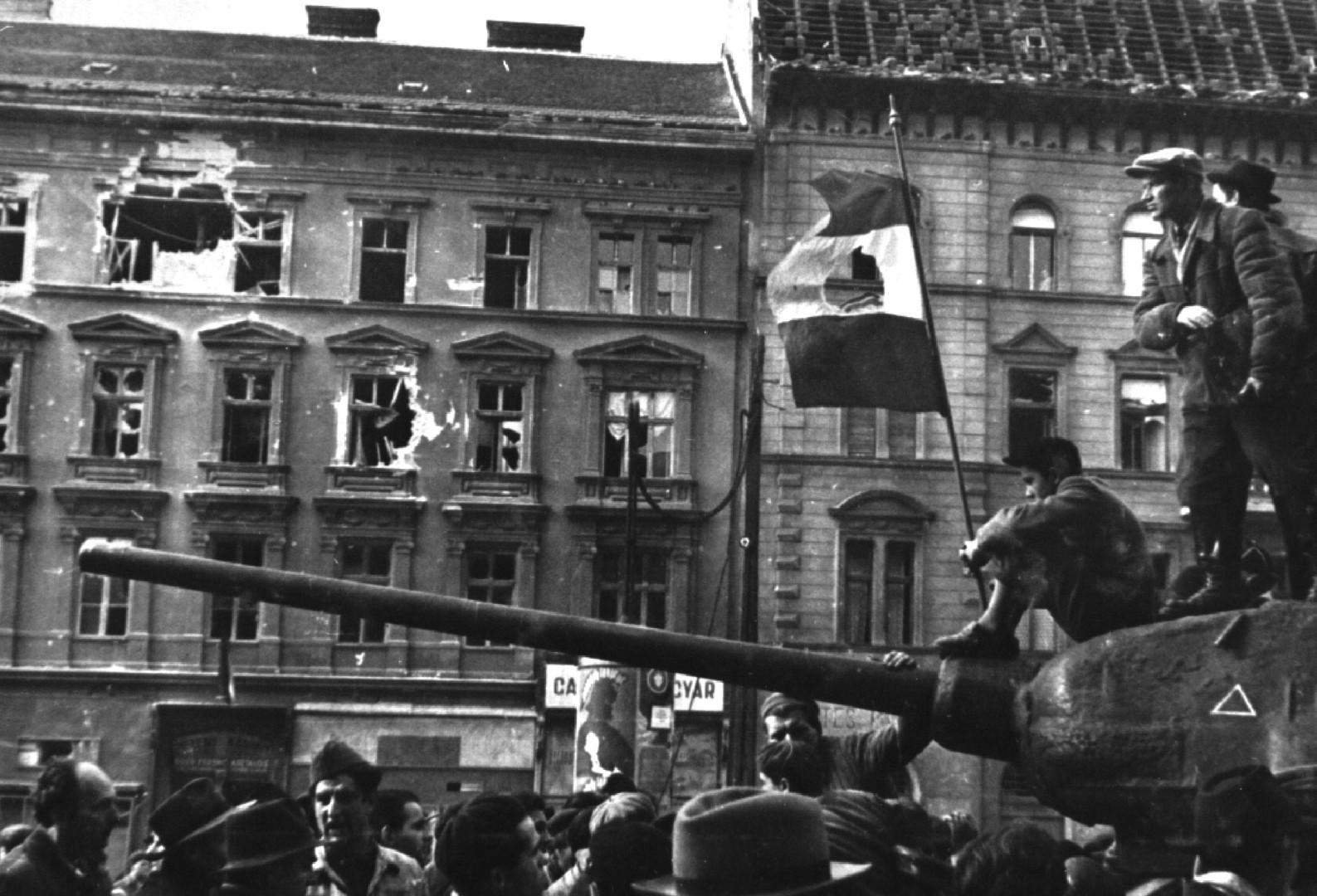 «Всё было переосмыслено гораздо позже»: 60 лет назад началось Венгерское восстание