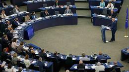Параллельная реальность Европарламента: как на Западе сравнивали угрозу от RT и ИГ