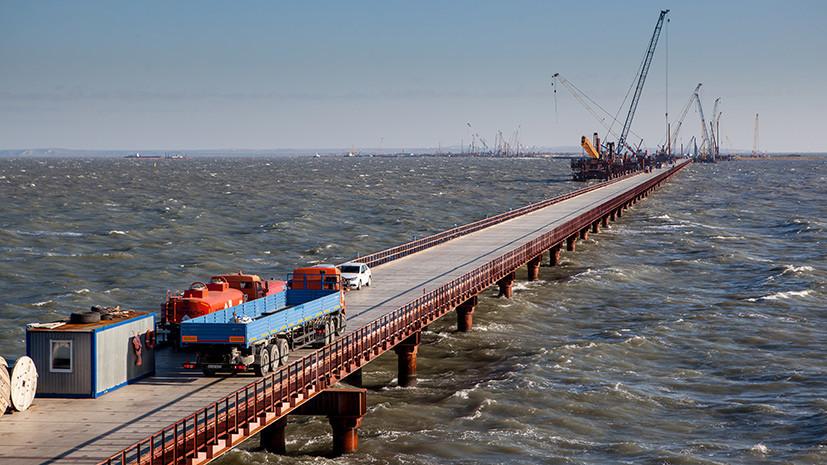 Более 3 тысяч свай Крымского моста погружено в Керченский пролив