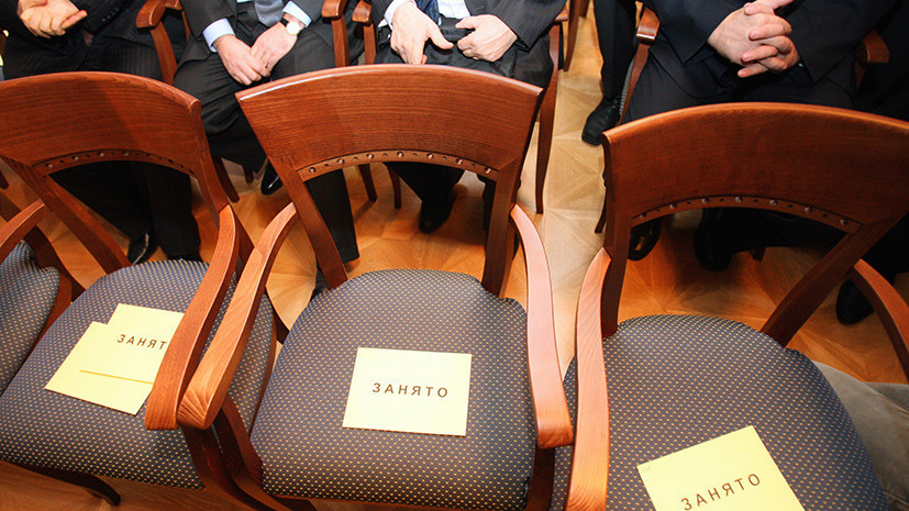 Политический эгоизм: депутаты и чиновники чаще начинают карьеру ради личных амбиций