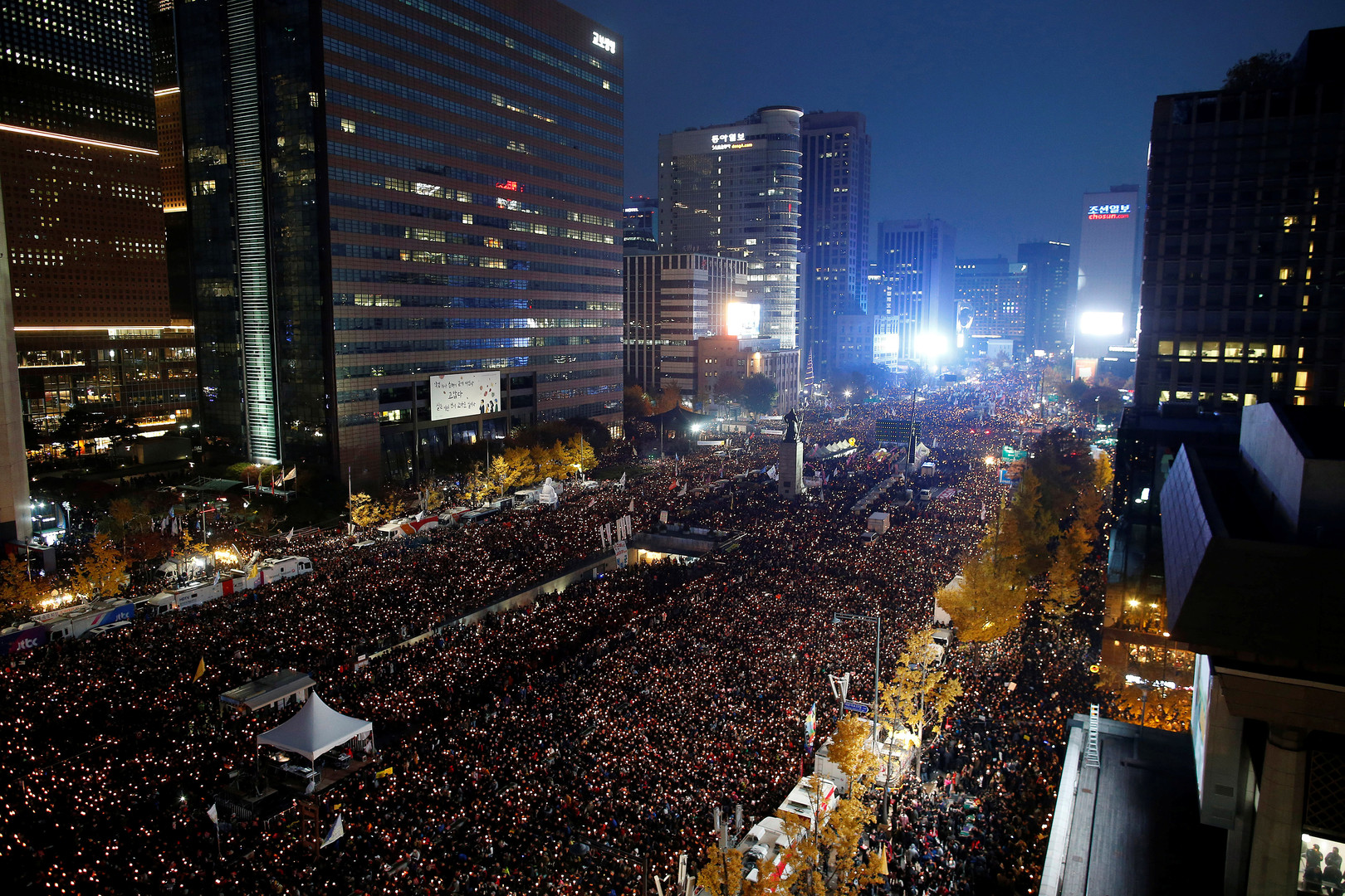 В Сеуле прошёл многотысячный митинг за отставку президента Южной Кореи
