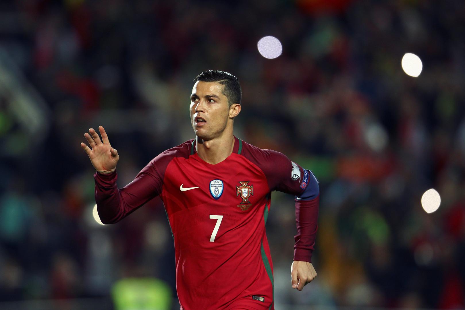 ЧМ-2018: Роналду забивает, Джеко раздевает