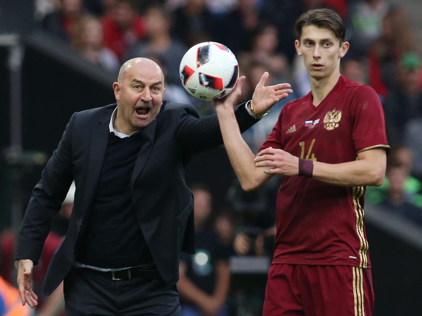 «Не понимаю, какой футбол пытается привить команде Черчесов»: Канчельскис о сборной России