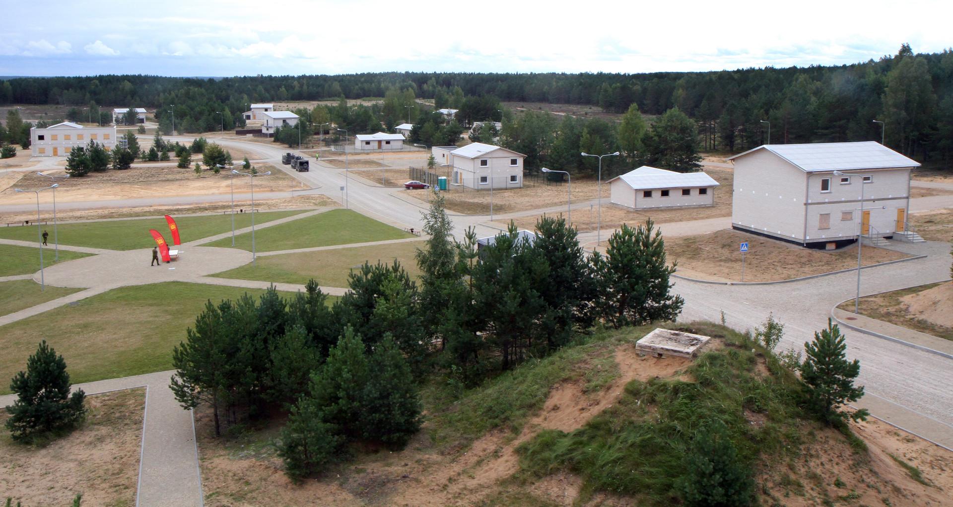 Общий вид на тренировочный центр Пабраде, Литва.