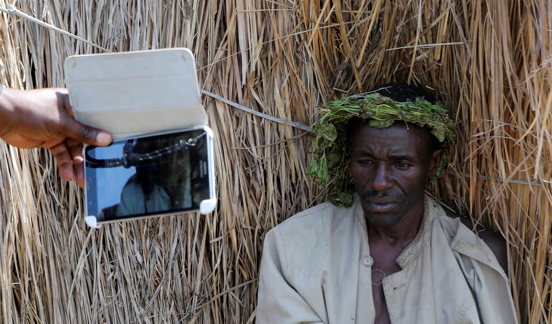 Полиция Уганды пришла с обысками к племенному королю