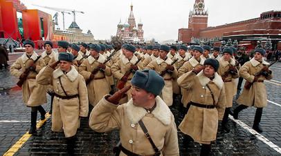 Видео 360: реконструкция легендарного военного парада 1941 года в Москве