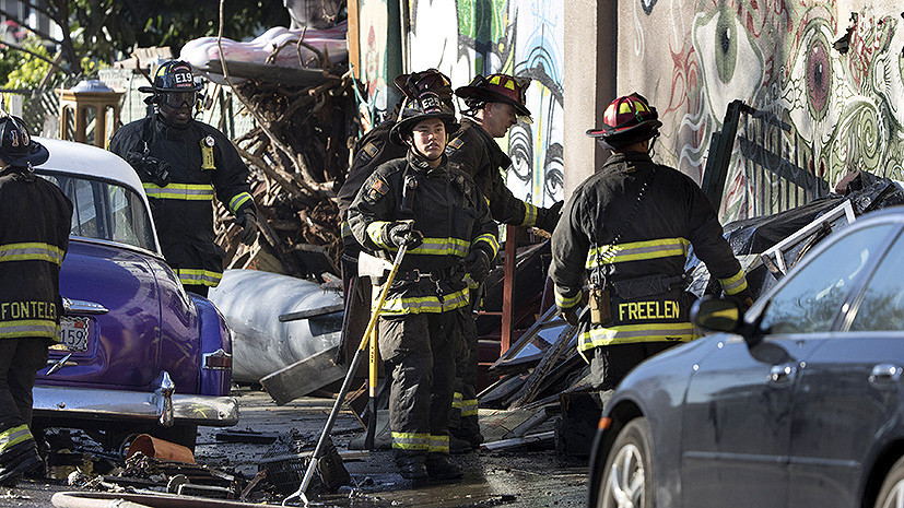 Трагедия в Окленде: спасатели разбирают завалы на месте пожара в ночном клубе
