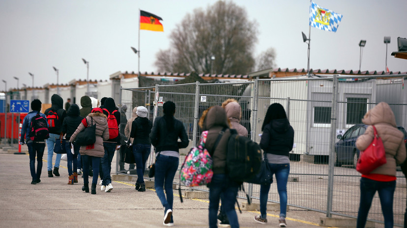 «Спасибо, Меркель»: немцы протестуют против миграционной политики канцлера