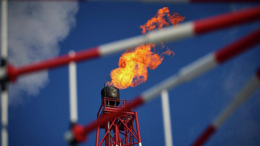 Добурили до соглашения: не входящие в ОПЕК страны договорились сократить добычу нефти