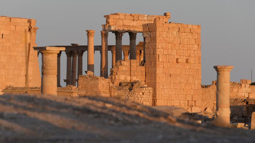 Амфитеатр военных действий: кто пытается воспользоваться ситуацией с захваченной Пальмирой