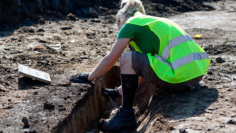 Новые бранные слова, поселения и пирамиды: что нашли археологи в уходящем году
