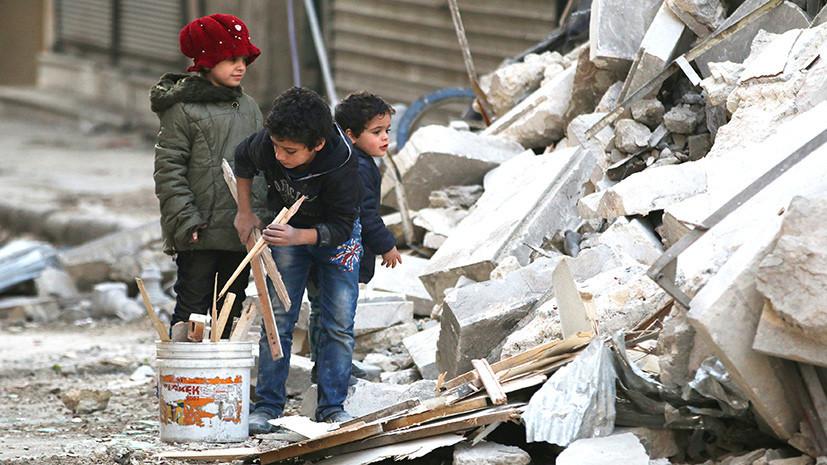«За пять лет мы постарели на 20»: сирийцы рассказали RT о жизни в охваченной войной стране