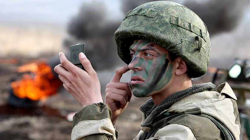 Сразу в бой: солдатам-контрактникам планируют отменить испытательный срок