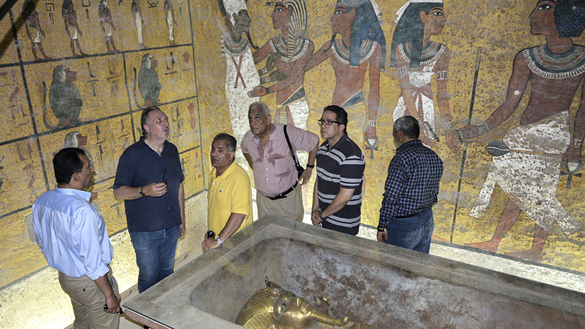 Дневник строителя пирамиды и ноги красавицы Нефертари: египетская археология — 2016