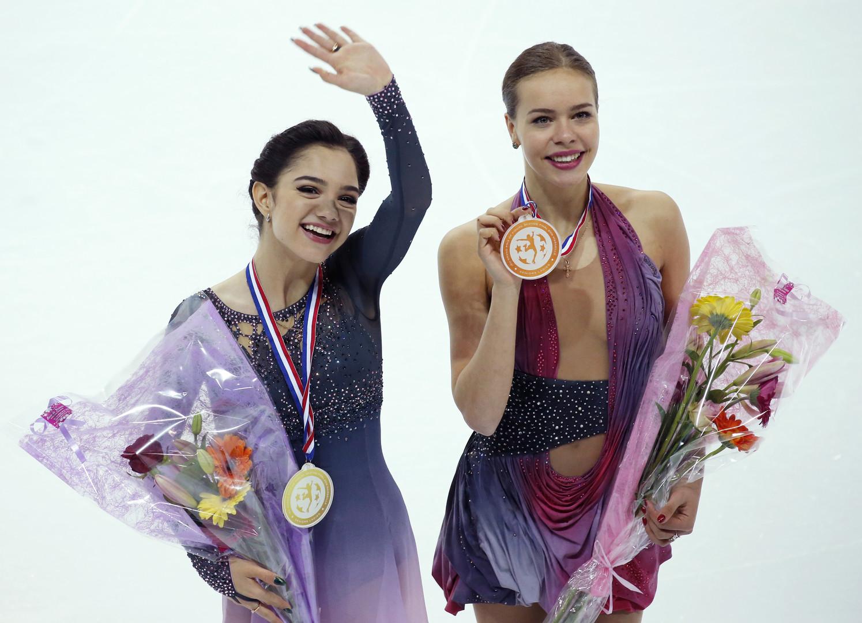 «Соревнуюсь сама с собой — характером, нервами»: Медведева о финале Гран-при