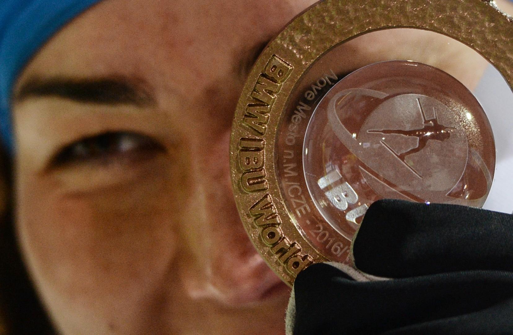Этап имени Акимовой и призрак допинга: чем запомнятся соревнования КМ по биатлону в Чехии