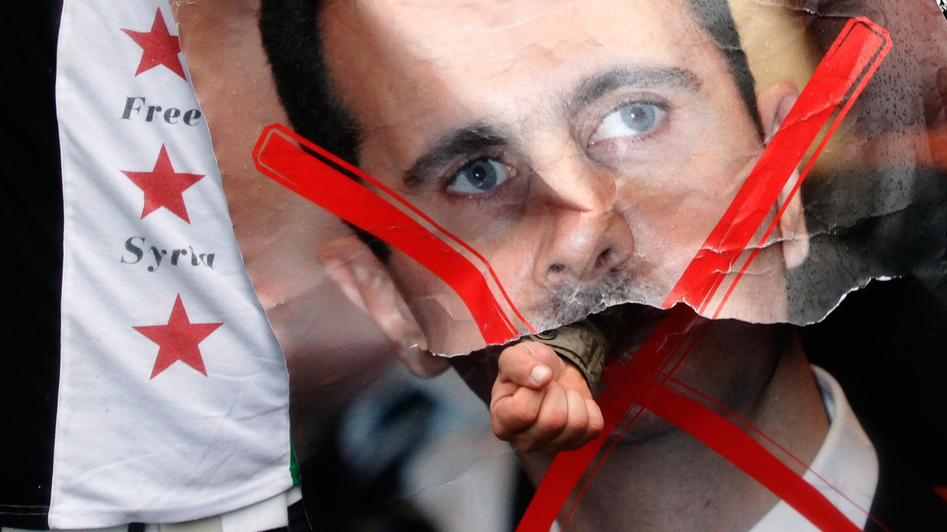Марионеточное правительство: сенатор США разработал для Сирии план «после Асада»