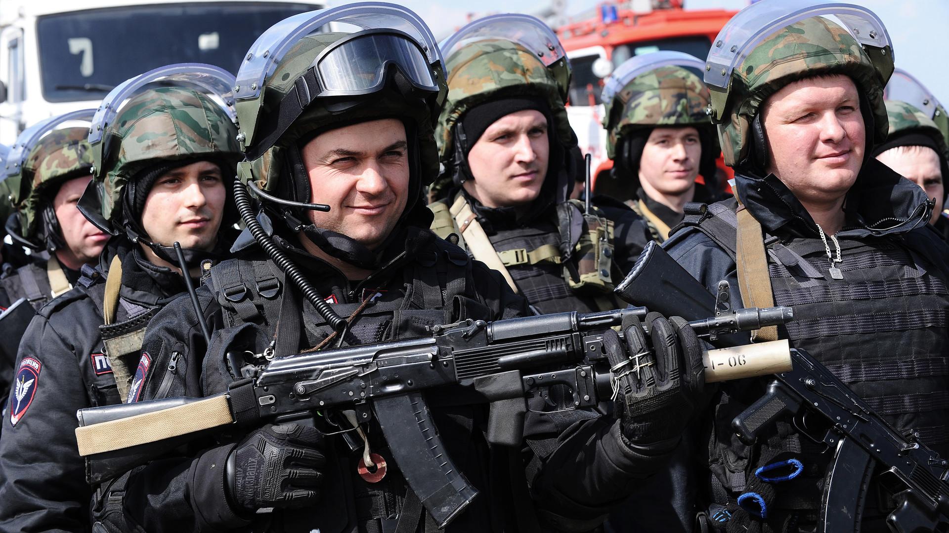 Добро с кулаками: безопасность российских послов могут усилить спецназом