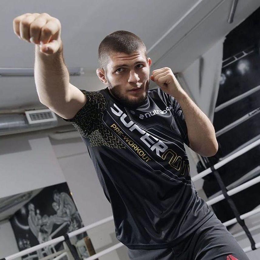 Жребий брошен: российский боец Нурмагомедов может стать претендентом на бой с чемпионом