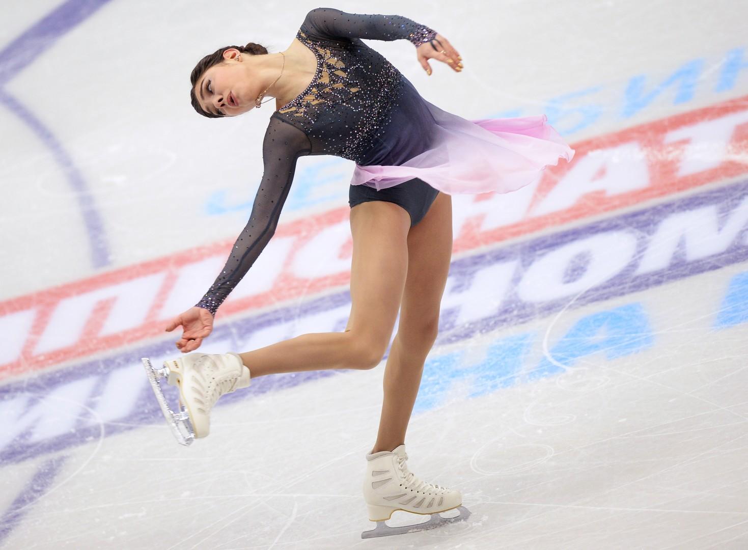 «Хулиганское» золото: Евгения Медведева выиграла чемпионат России по фигурному катанию