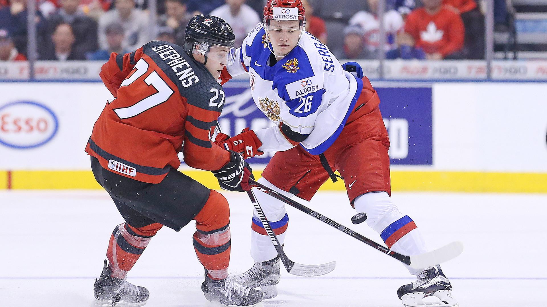 Невесёлые старты: Россия проиграла Канаде в первом матче МЧМ по хоккею