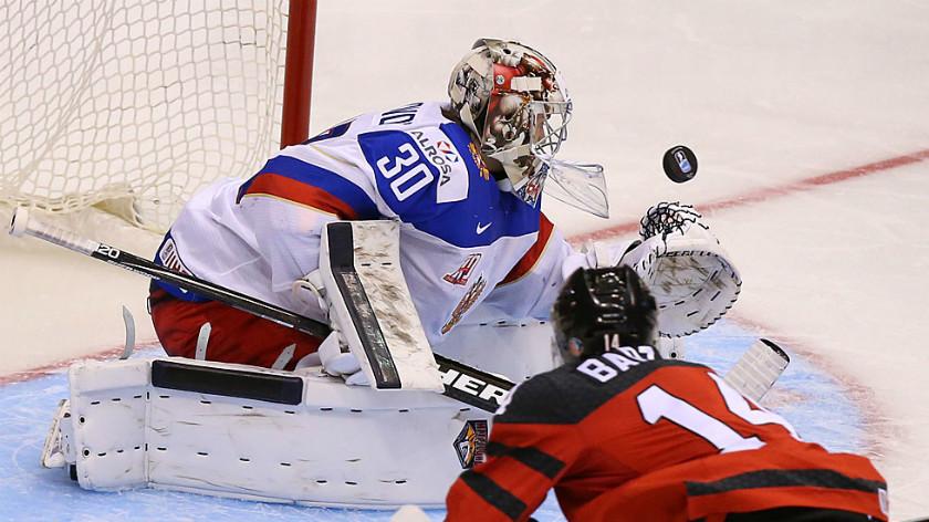 «Мы должны были победить Канаду»: российские хоккеисты о поражении в стартовом матче МЧМ