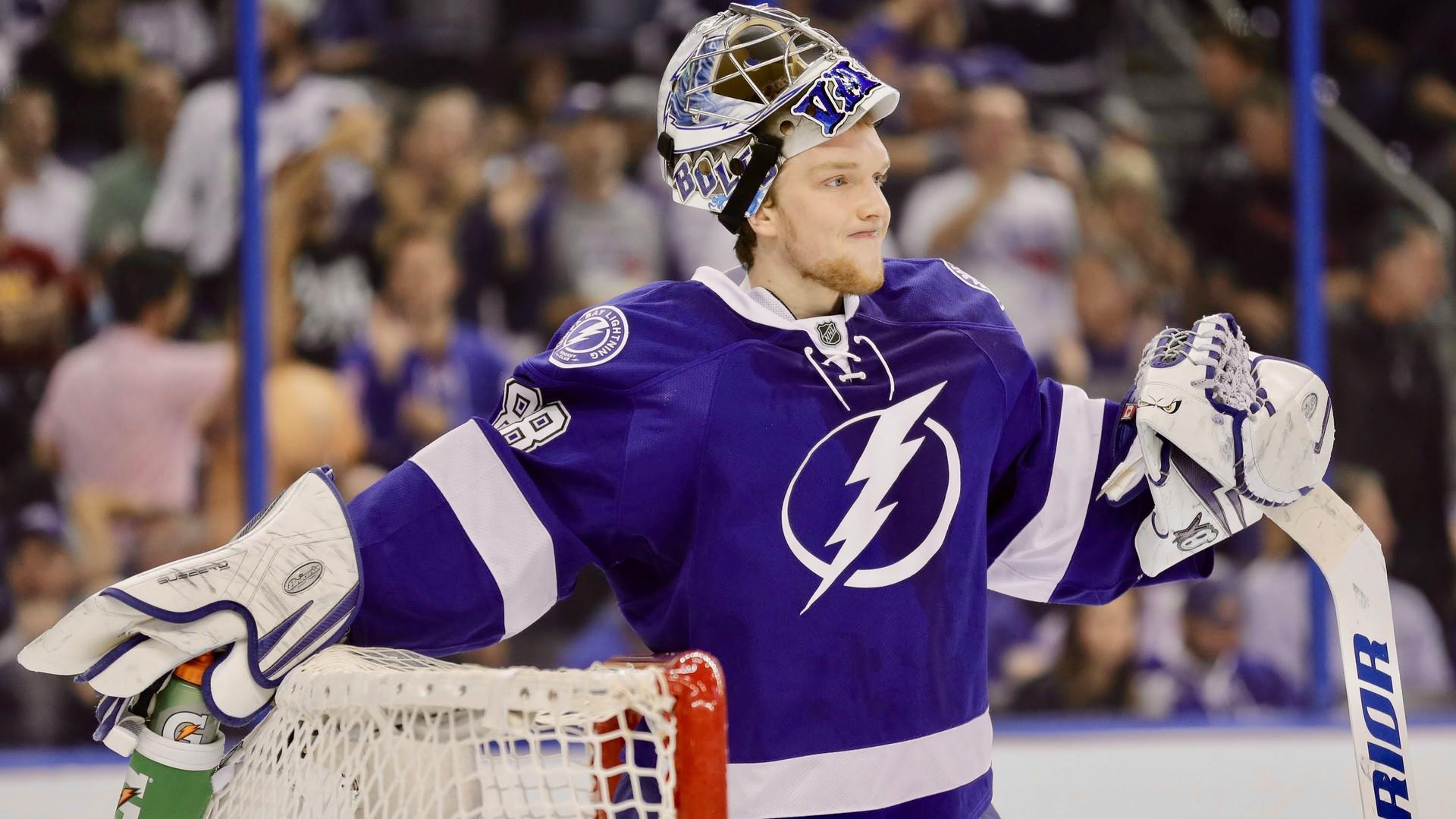 Пять минут славы Василевского: российский вратарь выступил в роли ассистента в НХЛ