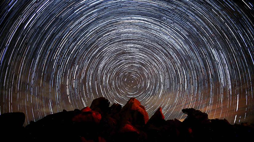 Первый звездопад года: что такое метеорные потоки и могут ли они угрожать Земле