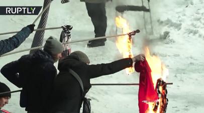 Болельщики киевского «Динамо» жгли турецкие флаги во время игры команды с «Бешикташем»